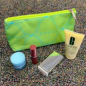 Clinique Sample Bag w/ 4 unused products